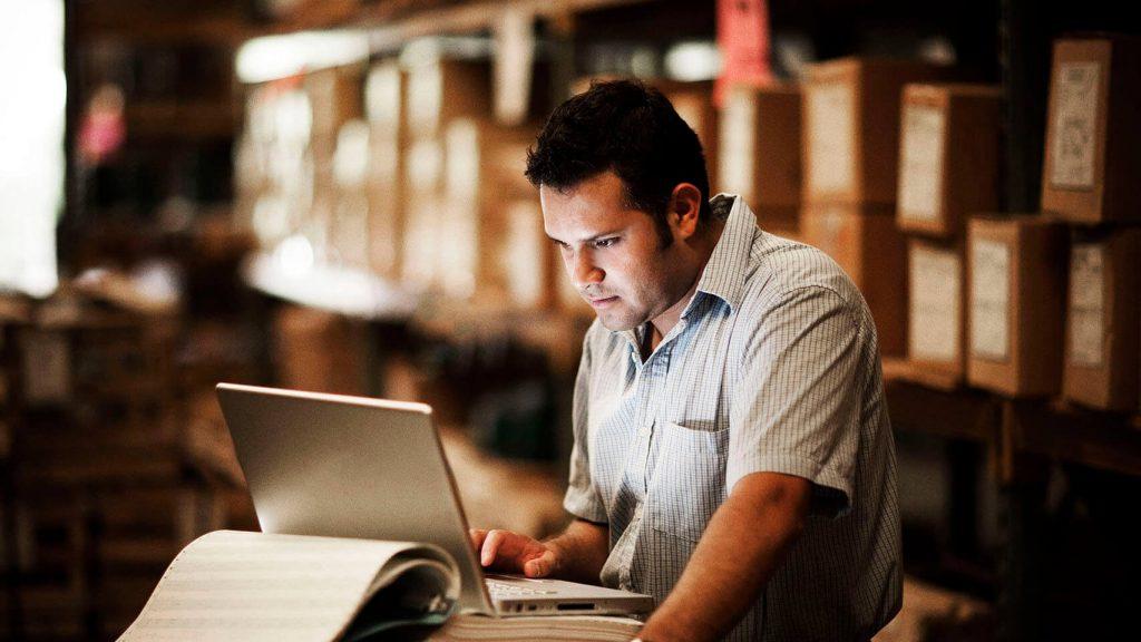 ¿Qué es un WMS y cómo te ayuda en tu Centro de Distribución?